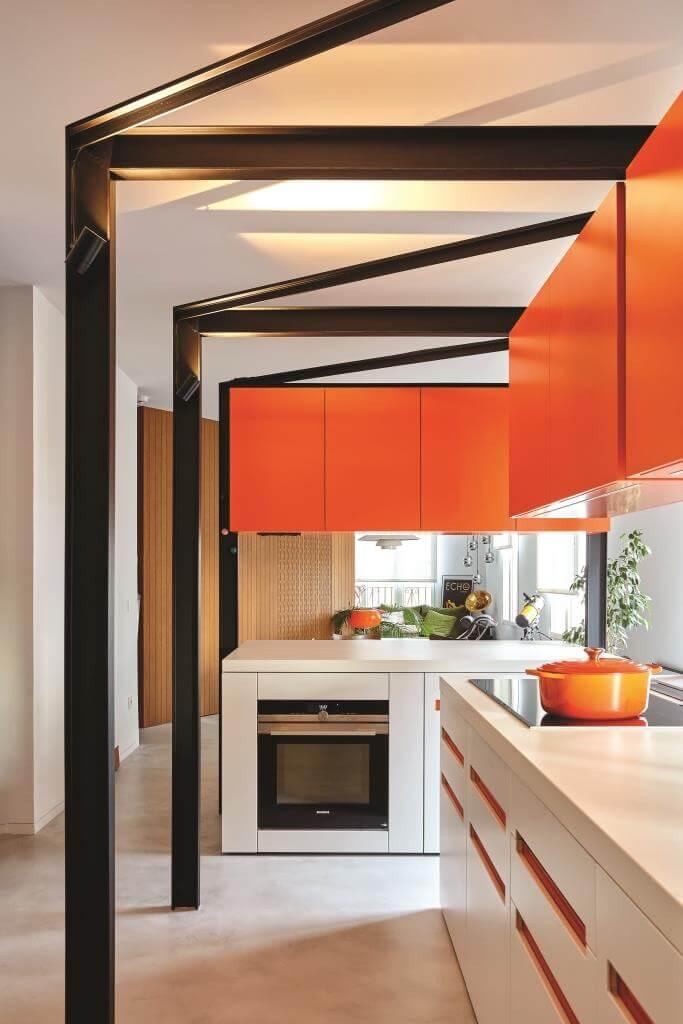 Retro-Küche verbeugt sich vor Mid Century | DesignIgel