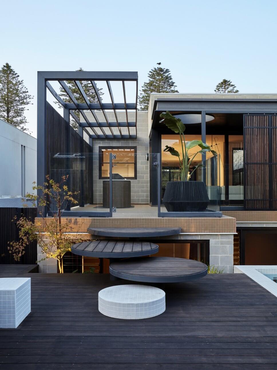 Einfamilienhaus in moderner Architektur mit Terrasse